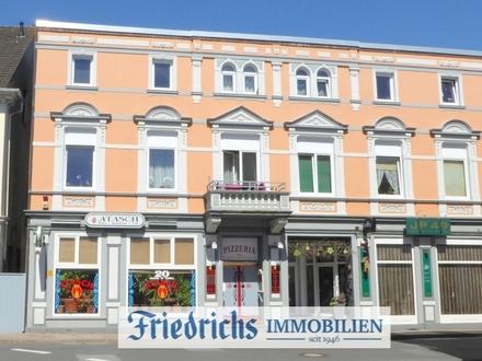 Achtung Kapitalanleger / Eigennutzer! Stilvolles Wohn- und Geschäftshaus im Zentrum der Stadt Varel