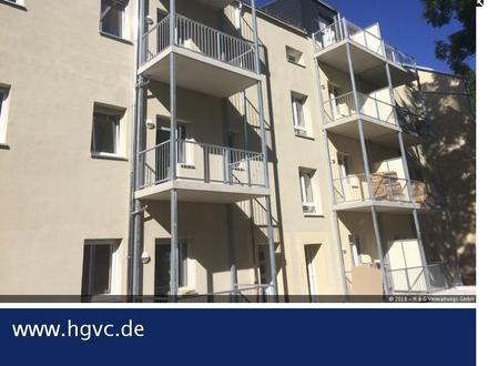 MEGA 2 Zi WE im 1. OG, neu renoviert, Balkon........., energetisch saniert !