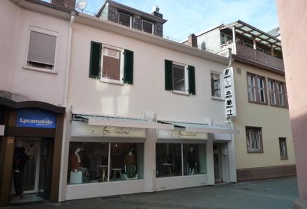 Kleines Einfamilienhaus mit Ladengeschäft ideal zum Wohnen und Arbeiten direkt in der City