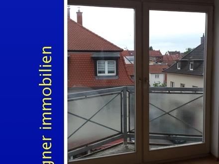 Schöne 1 ZKB Studiowohnung mit kleinem Balkon