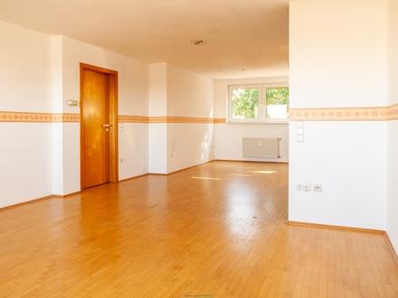 ALT-Marl: Helle 3 Zimmerwohnung im Dachgeschoß sucht neue MIETER !