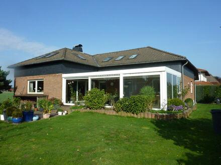 Verklinkertes Ein-/Zweifamilienhaus mit Wintergarten in Minden!