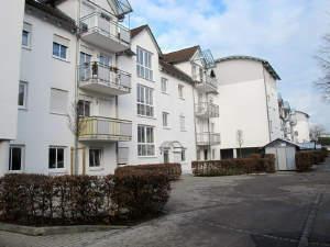 4-Zi. ETW im 2. OG, 2 Balkone, Lift, TG-Stellplatz zu verkaufen in Burghausen