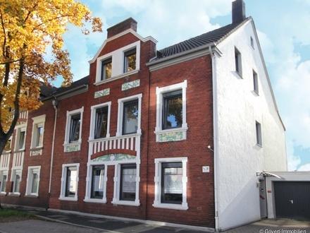 Ansprechendes & komplett modernisiertes Zweifamilienhaus in citynaher Lage von Herten