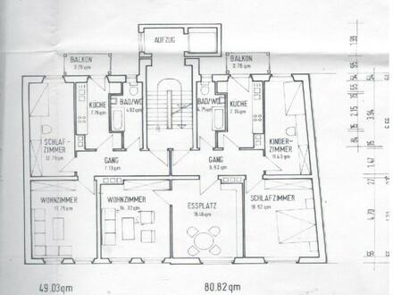 Schöne, helle, neu renovierte 2 Zimmer Wohnung in bevorzugter Lage mit Aufzug