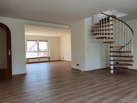 Geräumige 155 m², 5,5 Zimmer-Whg. + Galerie, inkl. Kellerräume & Garage