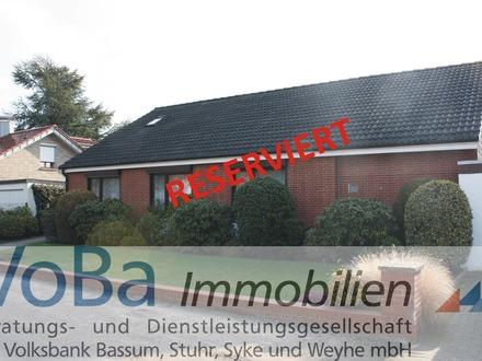 Idyllisches Einfamilienhaus mit Schwimmbad und Sauna in Stuhr-Moordeich
