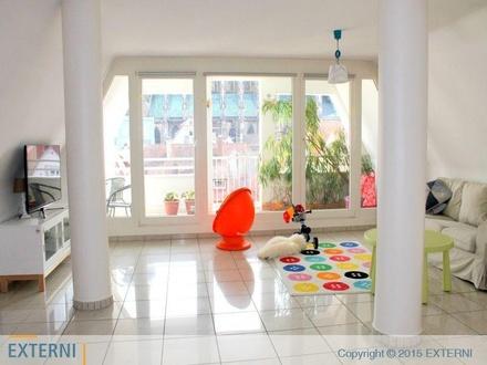 WG Zimmer! Maisonette-Wohnung (ausschließlich Studenten oder Berufstätige) nähe Münsterplatz!