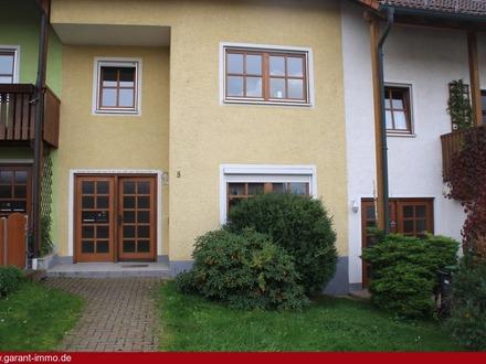 Großzügiges Reihenmittelhaus mit Einliegerwohnung in Brunnenthal!