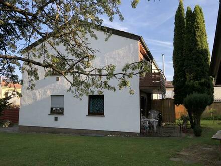 2-Familienhaus mit großem Grundstück - Für handwerklich Begabte