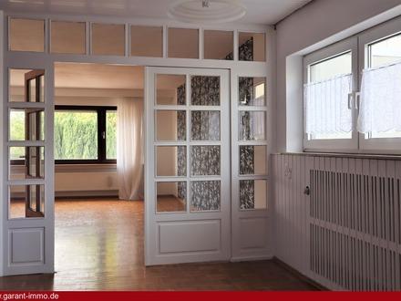 Große 4,5-Zimmer-Wohnung + 60 qm Nutzfläche
