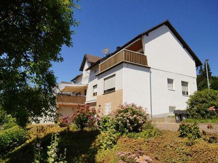 Zweifamilienwohnhaus mit Einliegerwohnung in sonniger Lage von Plettenberg-Eiringhausen