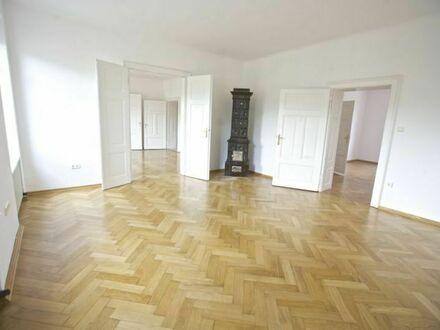 Klagenfurt - Radetzkystraße: Große Wohnung (140 m²) mit kleinem Bad und 14 m² Nordloggia