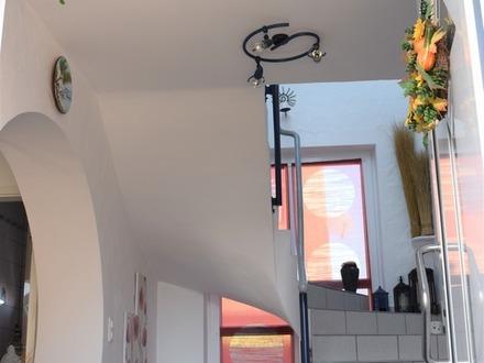 Schöne Doppelhaushälfte mit besonderem Flair