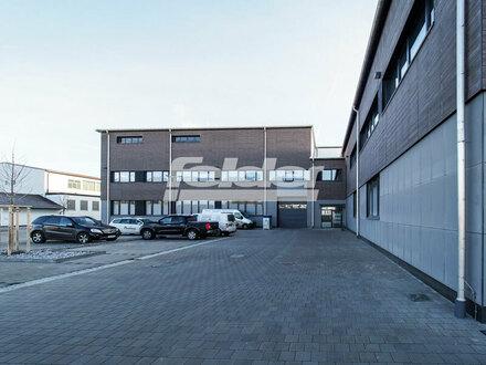 """""""Fliegerhalle 325"""", moderne Büros und Praxen in Bad Aibling"""