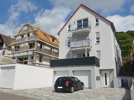 Großzügige 3,5-Zimmer-Obergeschoss-Wohnung am Fuße der Weinberge