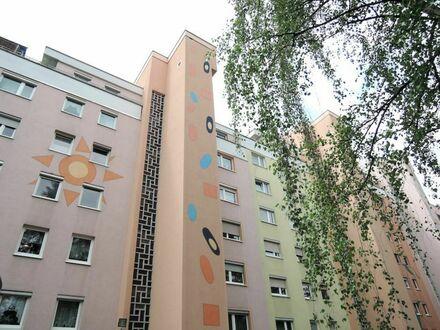 9 9. 9 0 0,- für 1,5 Zimmer 3 5 qm Komfortwohnung mit Aufzug - LIFT in Fürth RONHOF
