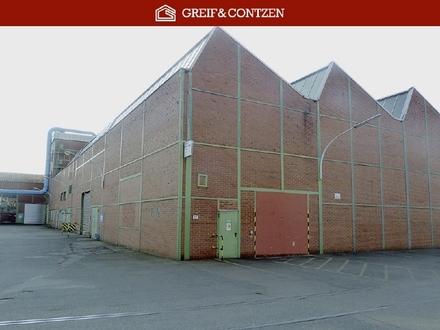 Historische Produktions- und Lagerhallen in verschiedenen Größen