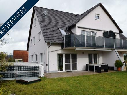 RESERVIERT- Eigentumswohnung mit Hauscharakter in bester Lage