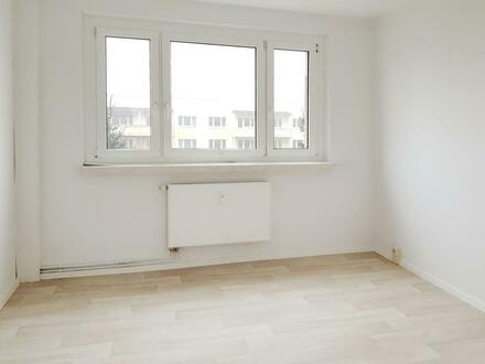 Schöne 4 Raum Wohnung zu vermieten! + 1000 EUR Gutschein*