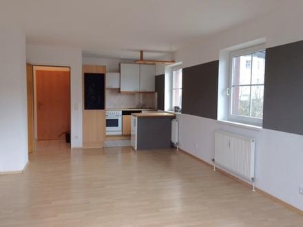 2-Zimmer-Wohnung-Hallwang bei Salzburg-Wohnzimmer