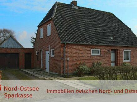 Wohnhaus in ruhiger, zentraler Dorflage!