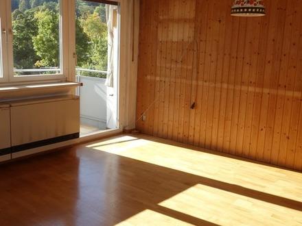 3 Zimmer mit Balkon und Garage!