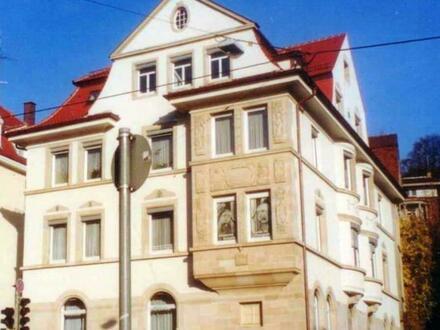 Renovierte 5-Zimmer Altbauwohnung