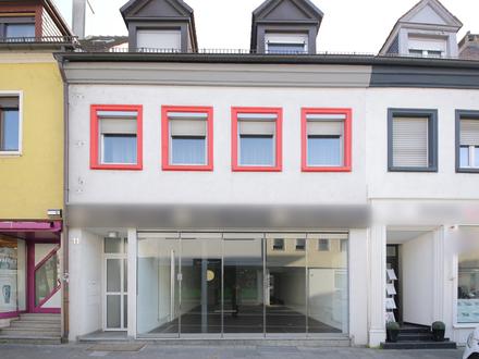 Gewerbefläche mit großer Schaufensterfront in der Innenstadt von Bruchsal