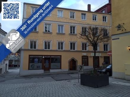 WG-Fähige Wohnung in der Altstadt! Schöne 5-Zimmer-Wohnung mit Tageslichtbad und EBK zu vermieten