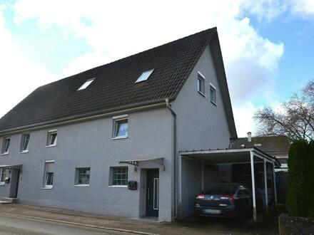 Komplett sanierte Doppelhaushälfte in Ortsrandlage in Birkenhard-Warthausen
