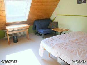 Modern möbliertes Zimmer mit WLAN und Terrasse in Cadolzburg bei Nürnberg