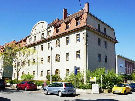 +++ 2-Raum-Wohnung im DG mit EBK in ruhiger Lage von Marienthal +++