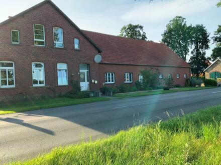 Kapitalanlage mit mehreren Gebäuden und landwirtschaftlichen Flächen in Neuenkirchen-Vörden