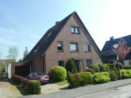 Freistehendes Zweifamilienhaus mit Garage - Dortmund-Lichtendorf
