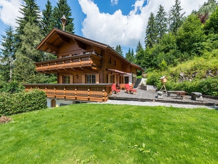 Mountain Home Wagrain mit Einliegerapartment - Ski in / Ski out