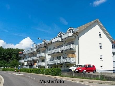 Zwangsversteigerung Wohnung, Hauptstraße in Wiefelstede