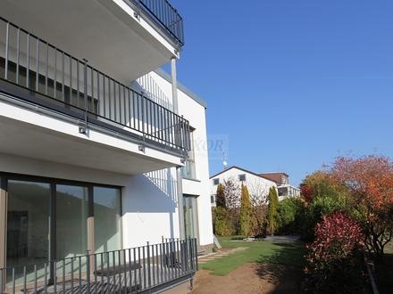Einmalig schöne und großzügig geschnittene 195 m² Wohnetage mit eigenem Garten. Neubau-Erstbezug !