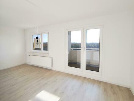 Zeit für einen Neuanfang, in dieser liebevoll renovierten 3 Zimmer Wohnung! + 750 EUR Gutschein*