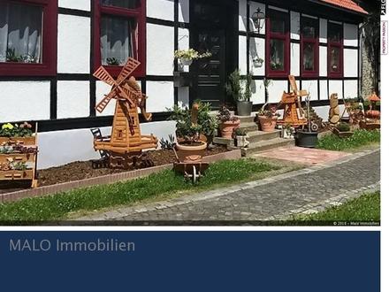 Liebevoll und hochwertig saniert - Generationenhaus in Breitenstein