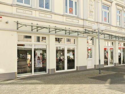 TT Immobilien bietet Ihnen: Büroetage / Praxis- oder Gewerbefläche in der Fußgängerzone von Wilhelmshaven!