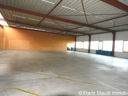 Produktions- und Lagerhalle mit 2-geschossigem Bürogebäude im Hösbacher Gewerbegebiet