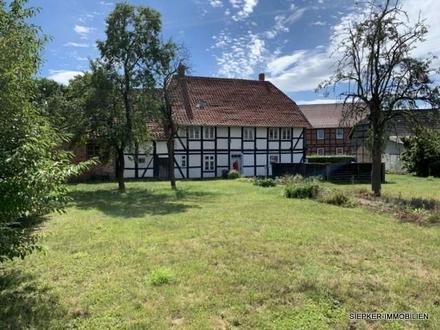 Bauernhaus mit Baugrundstück