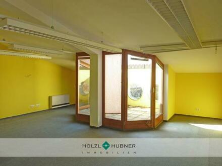 Helle Büros mit Dachterrassen in Bergheim