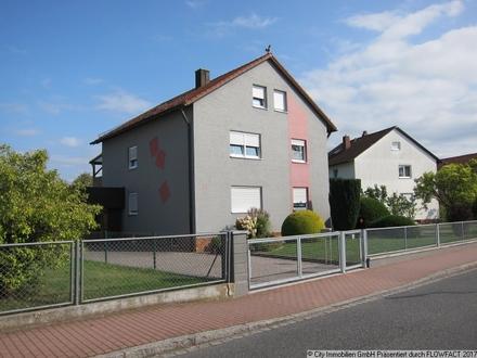 Sehr gepflegtes Zweifamilienhaus - werden Sie neuer Eigentümer oder Vermieter!