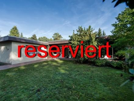 PROVISIONSFREI! STUHR - top saniertes Einfamilienhaus mit Doppelgarage und Pool