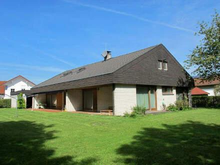....schönes und geräumiges EFH in ruhigster Wohnlage mit großem nicht einsehbaren Garten und Doppelgarage (Architektenplanung)