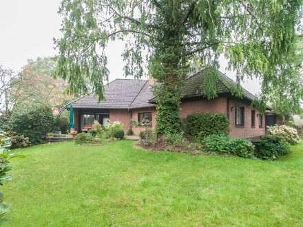 Solides Einfamilienhaus mit Ausbaupotenzial in ruhiger Wohnstraße