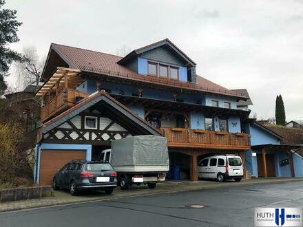 Großes 3-Familienhaus mit viel Potential