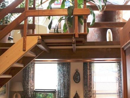Aufwändig ausgebaute 3 Zimmer Dachgeschoßwohnung!
